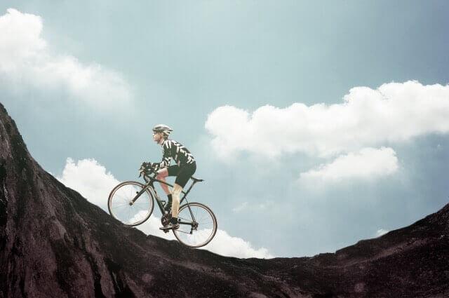 世界最高峰ツールドフランス出場ブランドに学ぶ。大人のサイクリングを優雅に、快適にする自転車情報。