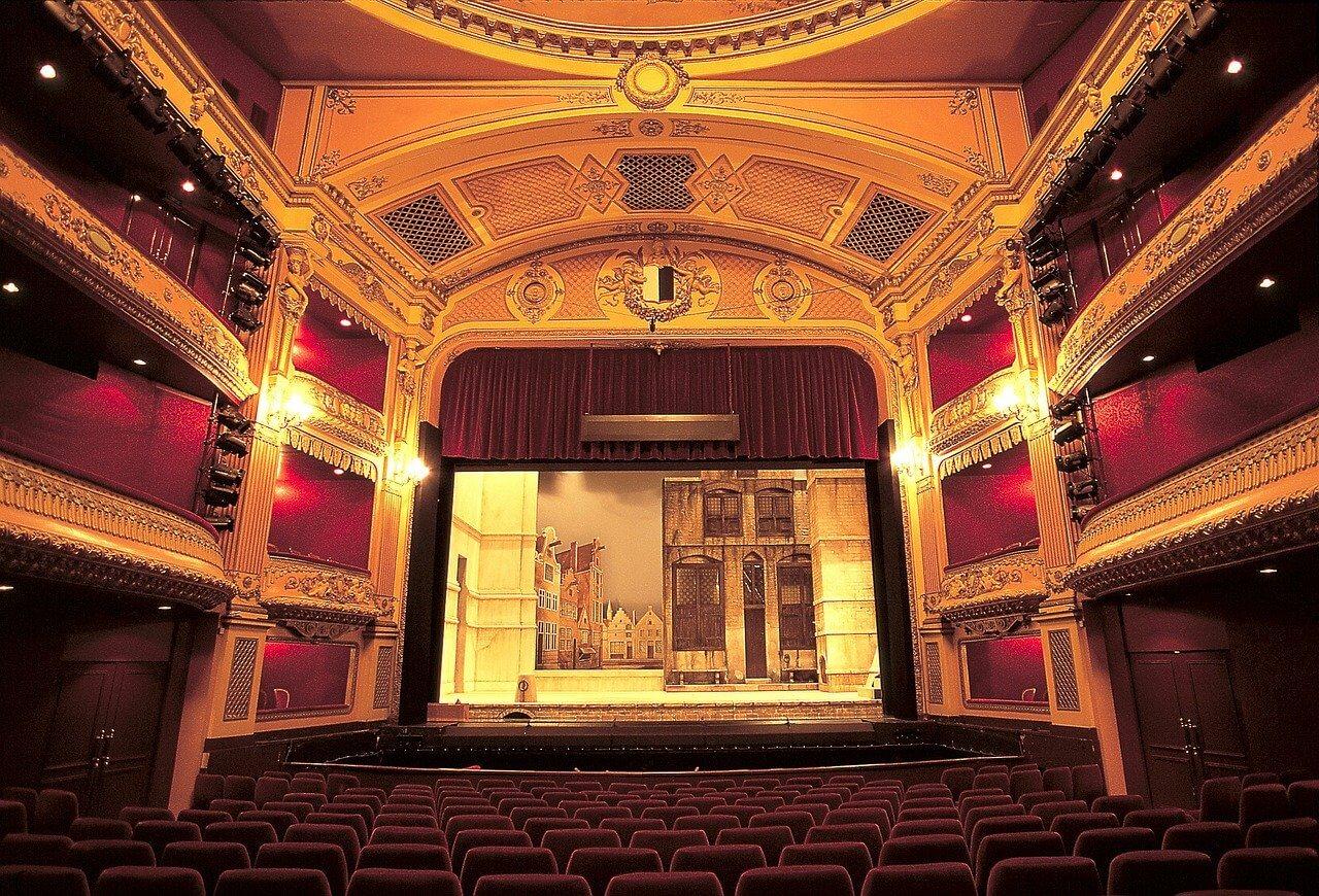 オペラの楽しみ方。素敵な夜を過ごすために。