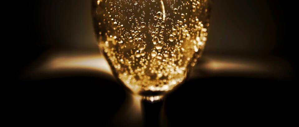 世界でも最も贅沢なシャンパン5選