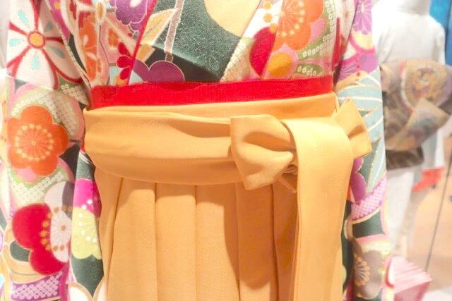 卒業式以外にも着こなしたい。 伝統的で新しい、晴れのよそおい。 女袴2020